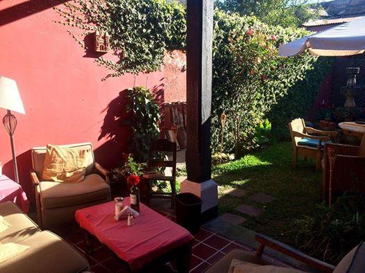 Hotel courtyard Antigua